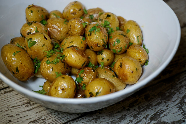 Whole30 Recipes Slow Roasted Mini Potatoes